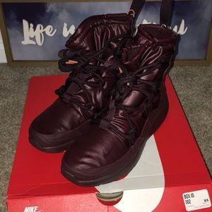 New Nike Tanjun High Rise Sneaker Boot